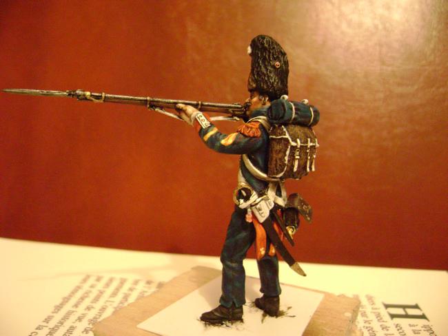 la vielle garde à waterloo - Page 2 Grenadier3