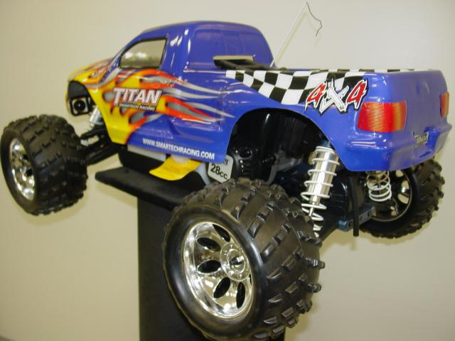 mon monster truck 1/5 eme 4x4 low cost - Page 3 DSC00605_ezr2