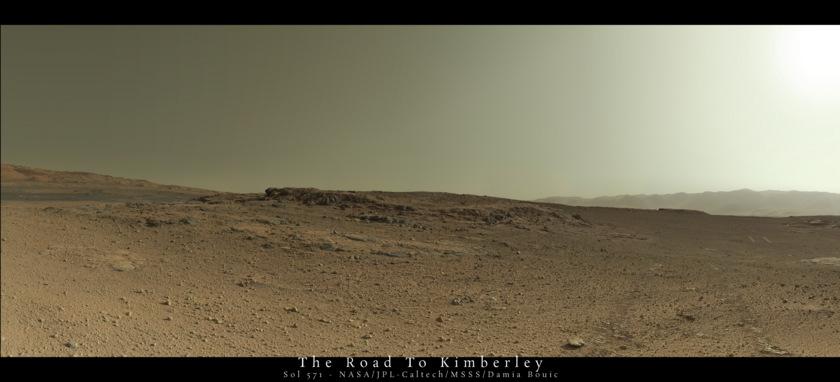 Premier homme sur Mars ... pub 20140328_Sol571_Mastcam34_postcard_web_f840