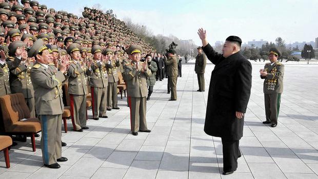 Corée du nord ou États-Unis :   Qui est une menace pour la sécurité mondiale ? PYONGYANG-MENACE-DE-FRAPPER-DES-BASES-AM%C3%89RICAINES