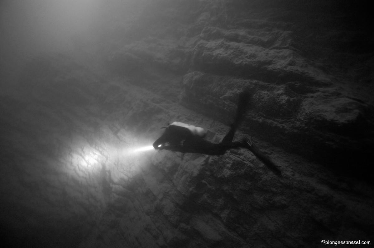 le tombant de Chindrieux, lac du Bourget _DSC5419web_13g58te8