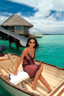 اليسا في جزر المالديف 28b127e8eb
