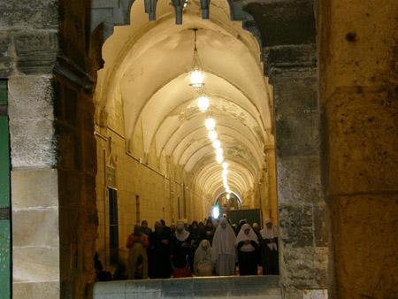 تقرير مصور حتي تظل القدس بالقلب 19