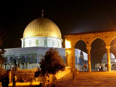 تقرير مصور حتي تظل القدس بالقلب 22