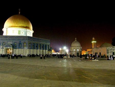 تقرير مصور حتي تظل القدس بالقلب 24