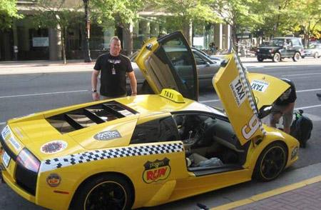 أسرع تاكسي في العالم 0ZX74108