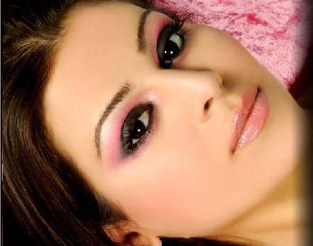 البوم صور ماكياج جميلات عربيات .. كثير حلو W6w200506280053193f5434ef0