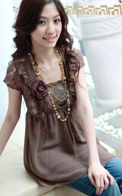 اجمل البوم صور ملابس للفتيات .. الالوان جذابة 1xa08027