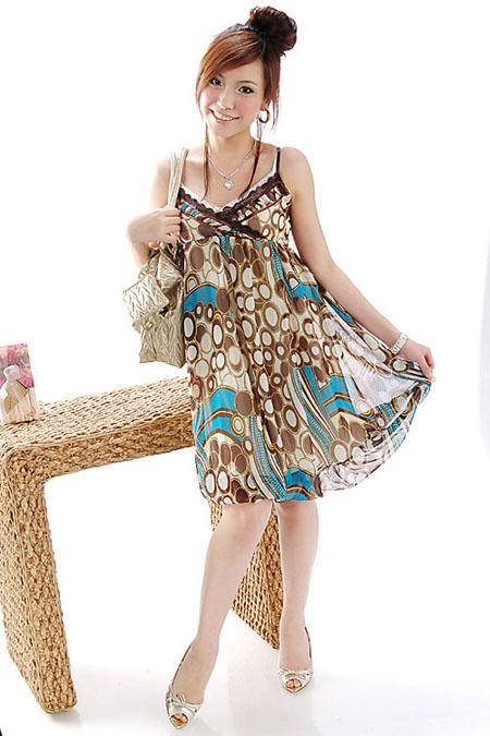 اجمل البوم صور ملابس للفتيات .. الالوان جذابة FAQ09520