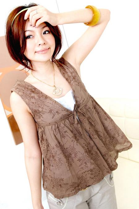 اجمل البوم صور ملابس للفتيات .. الالوان جذابة JJo08954
