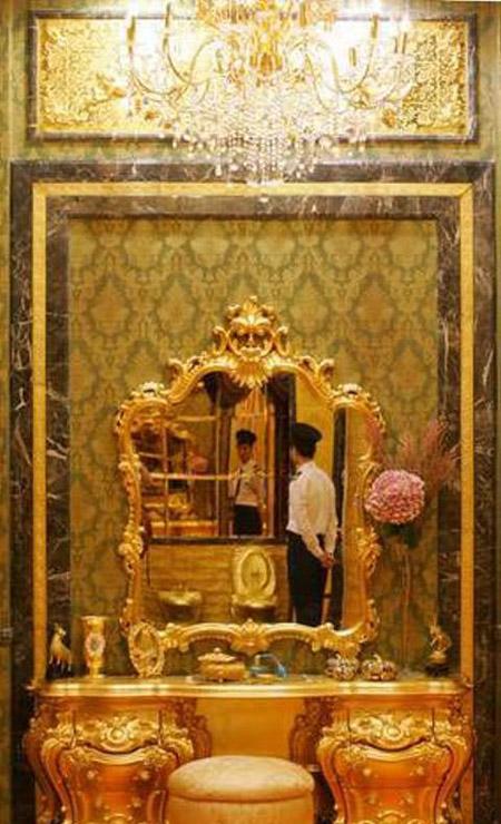 بيت كامل من الذهب  A55d51b527