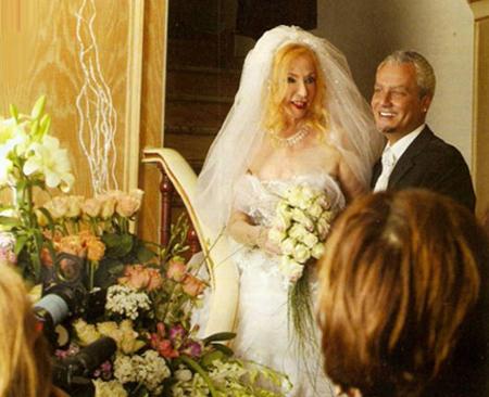 الصبوحة و الزواج التاسع بالصور B08416100925