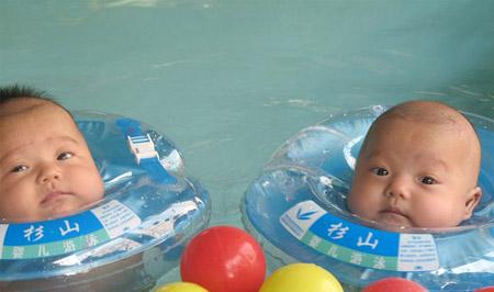 هكذا يسبح الصغار في الصين .. 4
