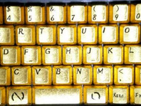 لوحة مفاتيح من الذهب الخالص 9_6