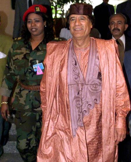 صور لقائد نا العظيم معمر القذافي 12_8