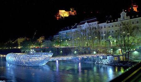 اجمل مطعم في اوروبا وسط نهر 7_2