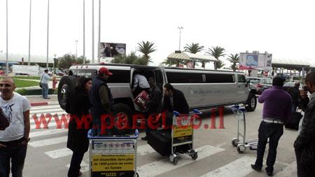 وصول نجوى كرم الى مطار تونس DSC00305