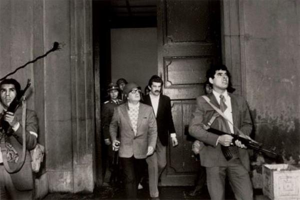 Il governo giallorosa di Giuseppi, Gigino e compagnia cantante - Pagina 4 Salvador-Allende-coup