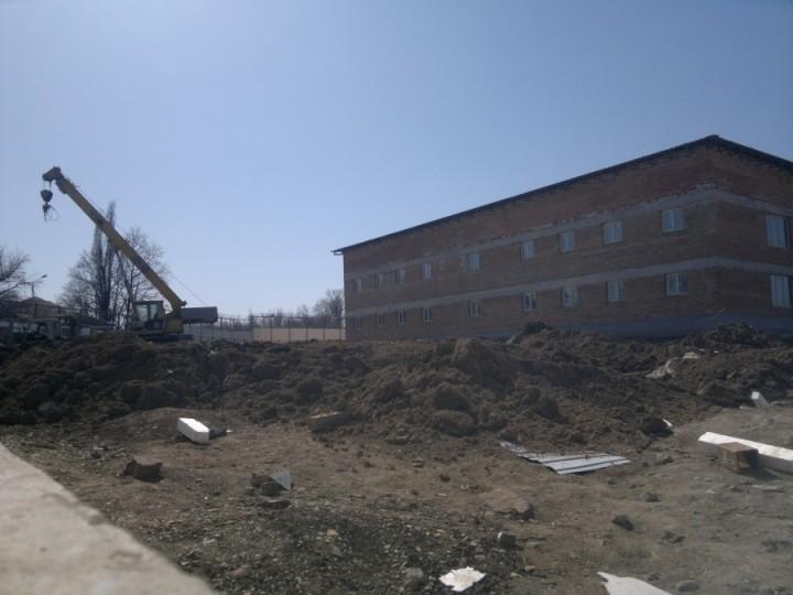 На Украине строят концлагеря для депортации русского населения 1396543423_462_900