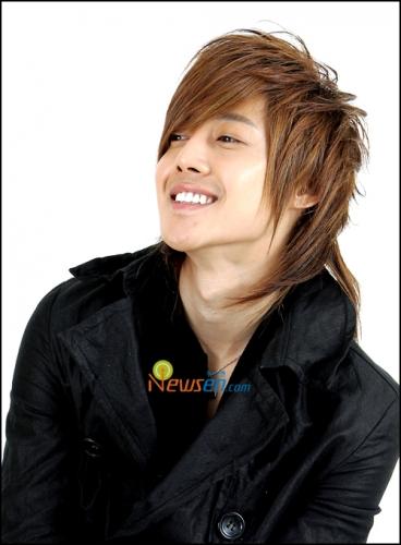 Kim-Hyun-Joong của Wild Grass nè ^^ Kim-hyun-joong_20080414_popseoul