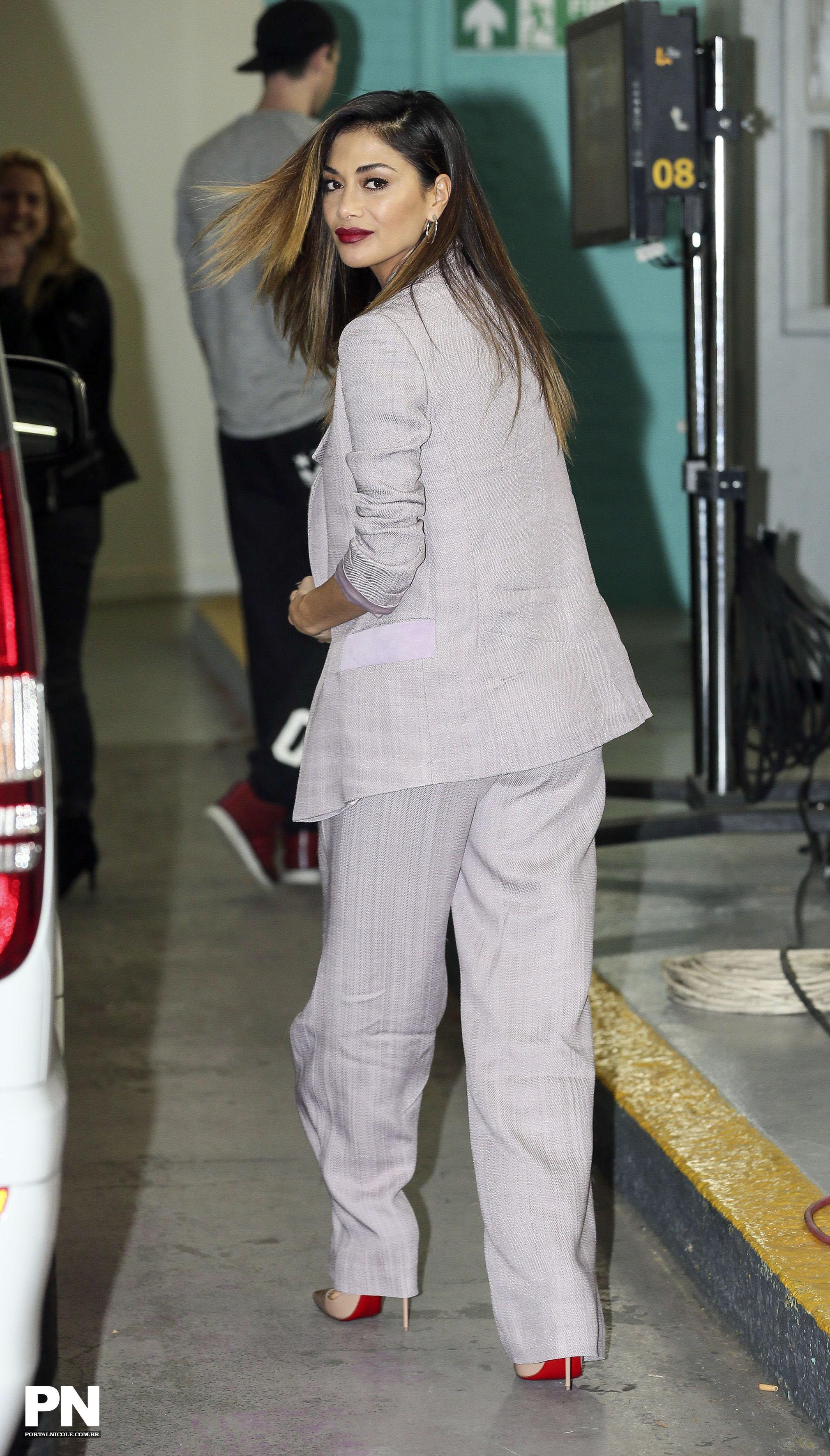 Nicole Scherzinger >> Candids/Apariciones/Shoots - Página 11 000009