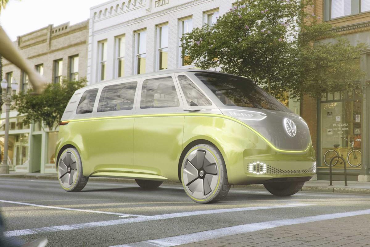 Le légendaire combi Volkswagen fait son retour... en mode électrique ! Par Axel Leclercq Combi-volkswagen-combi-electrique-3