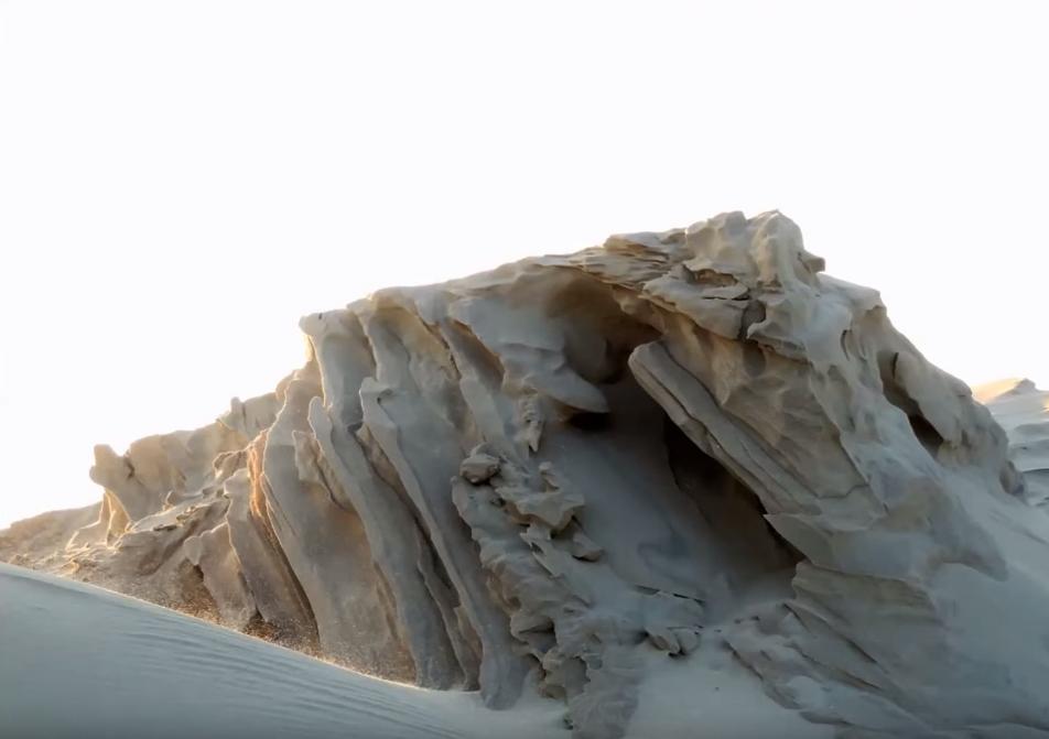 C'est de toute beauté : sites et lieux magnifiques de notre monde. Dune-pilat-froid-vent-sculptures-florian-clement-3