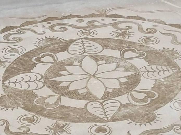 Les somptueux et gigantesques mandalas d'Émilie Vincent Emilie-vincent-mandala-sable-plage-17