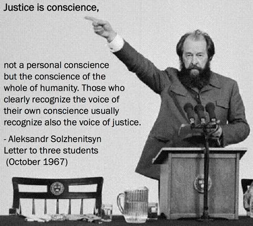 Đừng lấy dối trá làm lẽ sống - Aleksandr Solzhenitsyn Daa59f67d2d54e2ea22802b39455670e