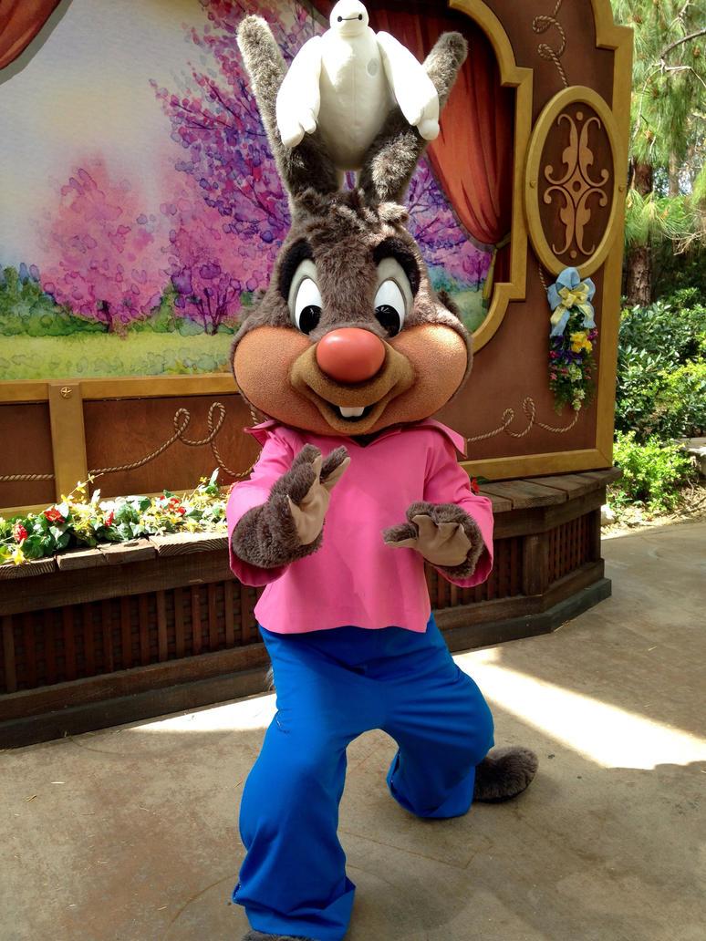 Mélodie du Sud [Disney - 1946] - Page 3 Disneyland_brer_rabbit_by_shiranuikidwolf101-d8msrrt