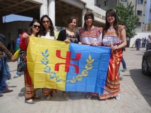 L'indépendance de la Kabylie est en marche 11150253_931377810240395_6617650640751957306_n-300x225