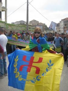 L'indépendance de la Kabylie est en marche 11156134_957317900975666_4576393479193800154_n-225x300