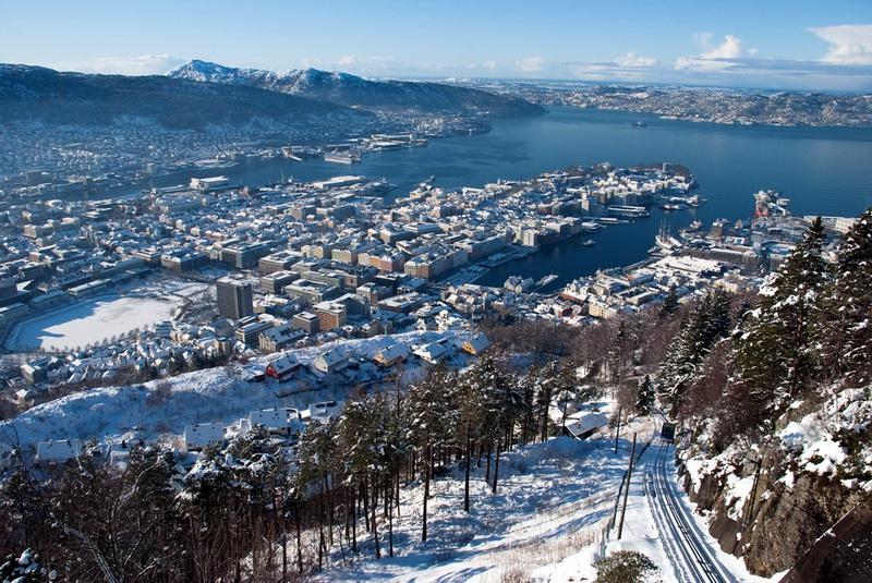 Роскошные пейзажи Норвегии - Страница 21 Bergen9