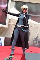 Spotlight on the Batgirl: a Galactic Aquamarine Thread! [Sara Gallagher] Tn_ea2010_1037