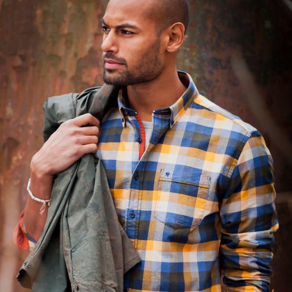 Obucite osobu iznad - Page 24 Promocion-moda-distribucior-textil-marca-espa%C3%B1a-men-of-all-nations-aw15-campa%C3%B1a1