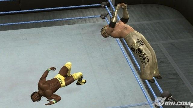 لعبة المصارعة الحرة 2011 Wwe-smackdown-vs-raw-2010-20090821000014711_640w