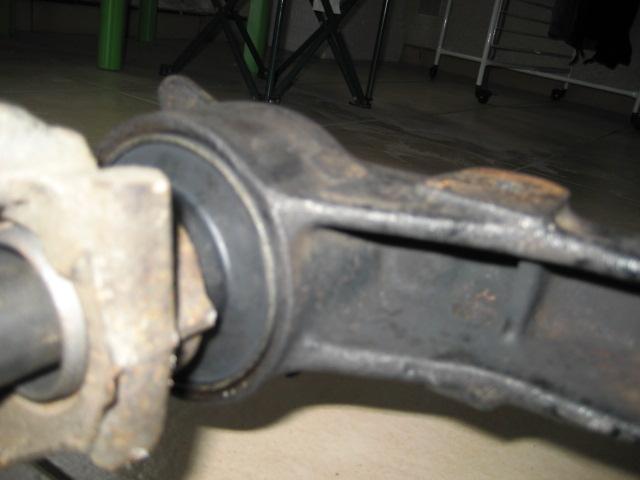 Bras de suspension arrière R11T2 IMG_7943