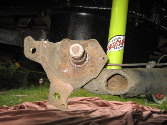 Bras de suspension arrière R11T2 IMG_7947