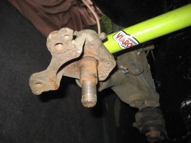 Bras de suspension arrière R11T2 IMG_7951