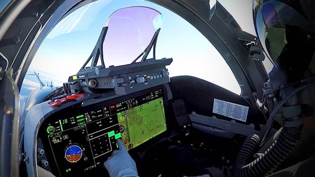 """فضائية أمريكية: تقدم في صفقة تزويد قطر بـ72 مقاتلة """"أف-15″ 3707431123"""
