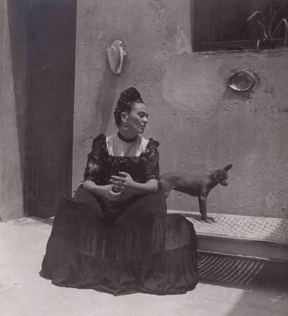 Frida Kalo - Page 3 Frida-935x1024