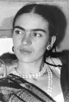 Frida Kalo - Page 3 Frida3-135x200