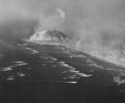 [GP] Réforme Combat, mode d'emploi. Iwo_Jima__landings