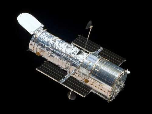 تجليات ملكوت السماء ..من خلال تلسكوب هابل 799px-HST-SM4
