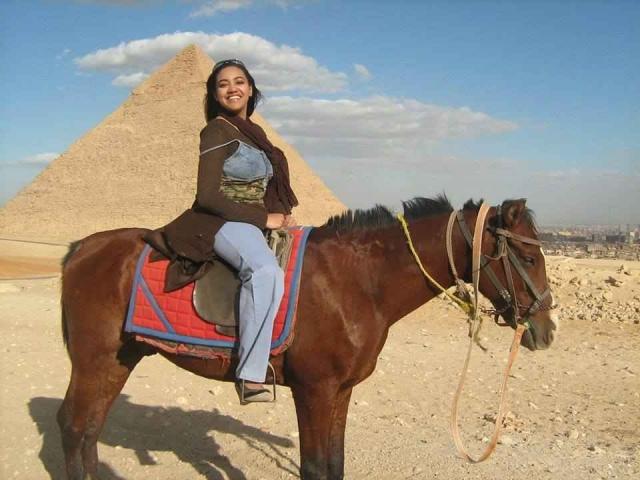 Ghosts of the pyramid - البوابة M5zn_1ea53c4378e8e07