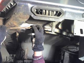 Grey - Sierra med V6:a som suger! SLUTKÖRT FÖR I ÅR! Rostlagning2