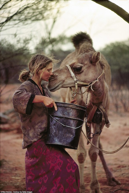 Robyn Davidson's 'TRACKS': An Awesome Adventure Across The Australian Outback … 1408353305594_wps_36_UNSPECIFIED_AUSTRALIA_JAN1
