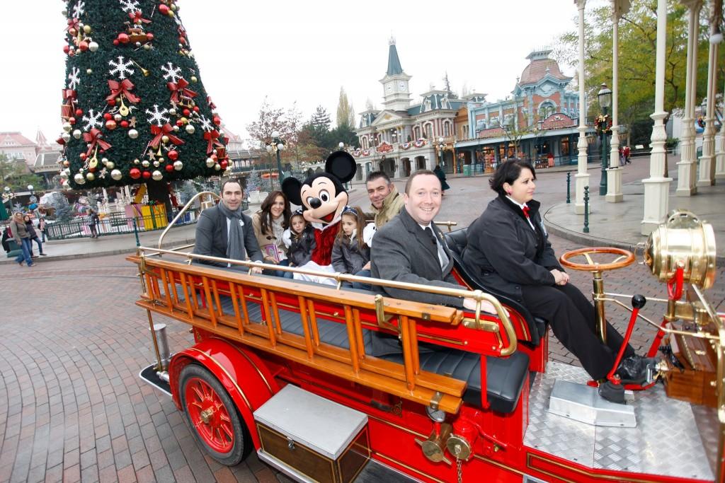 Aujourd'hui, Disneyland Paris a accueilli son 250 millionième visiteur !    324984_2249552324335_1414027616_32255092_479889300_o-1024x683