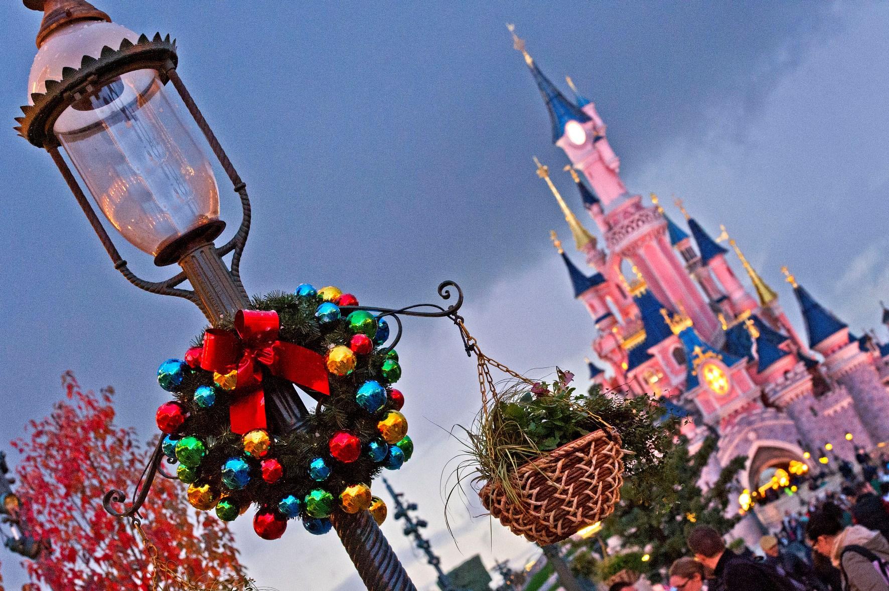 Disneyland Forum Club vous souhaite un joyeux Noël! B00_0114