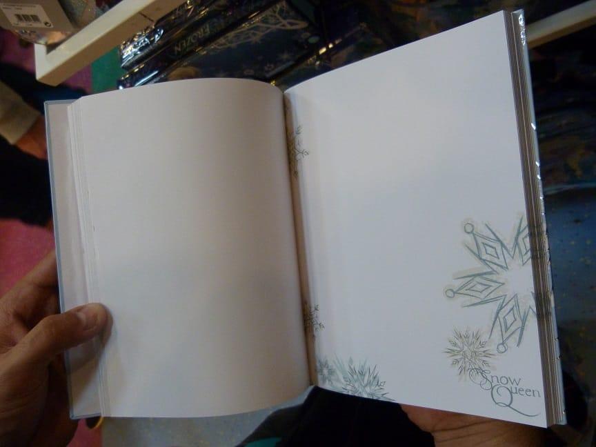 """Merchandising """"La Reine des Neiges"""" - Page 7 Produits-aout-3"""